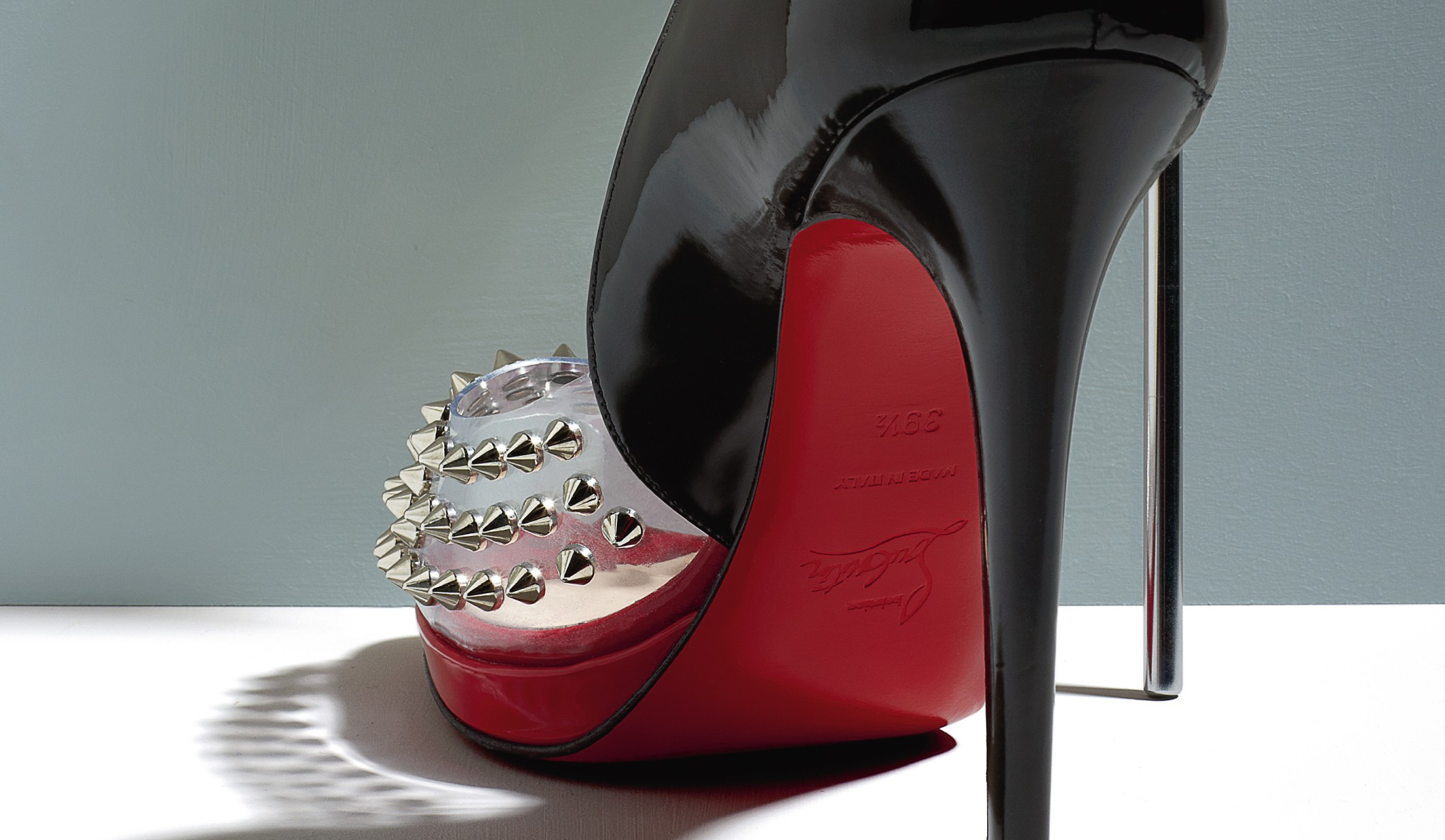Christian_Louboutin_Engin_Spikes_patent_pvc_peep_toe_pump_sp